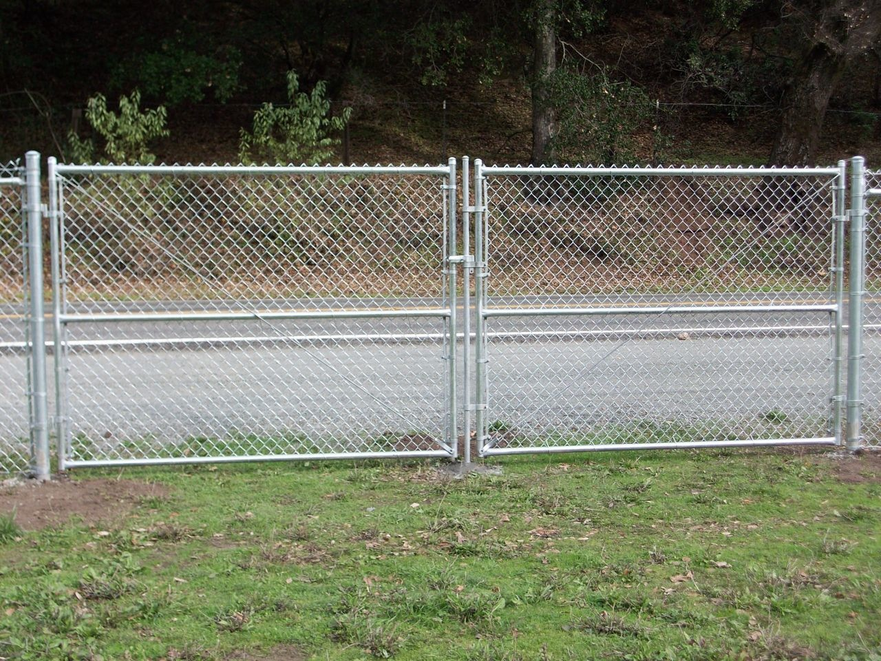 chain link fence double gate. CHAINLINK DRIVEWAY GATES. CLDG1 · CLDG2 Chain Link Fence Double Gate Arbor Inc