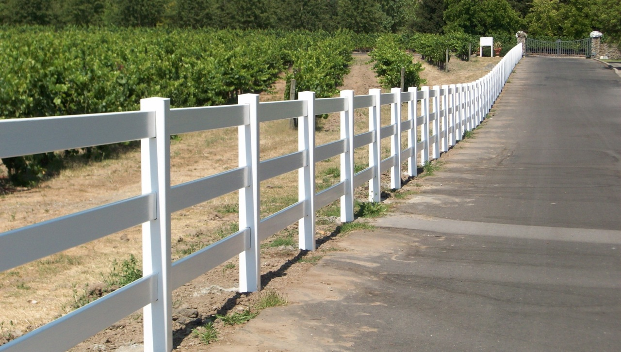 3 Rail Vinyl Fence 171 Arbor Fence Inc A Diamond Certified