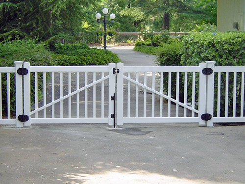 Free Standing Dog Fence Outdoor